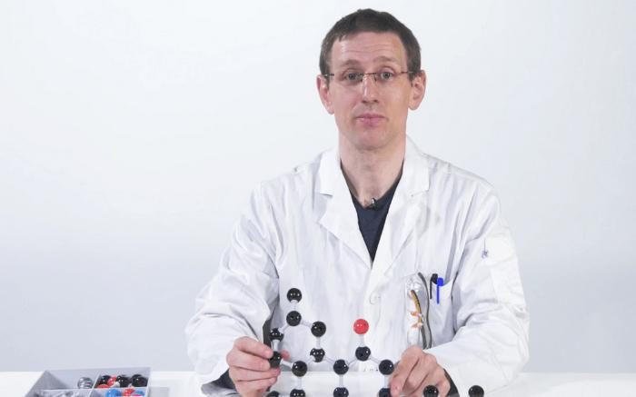 Season-2-Ask-an-Expert-Encore-Building-Cannabinoids-with-Dr.-Markus-Roggen